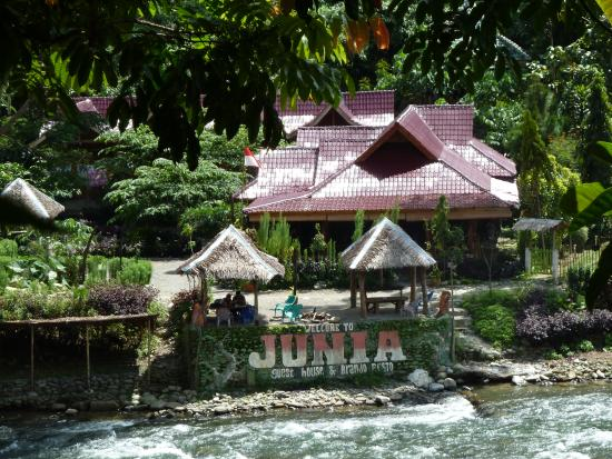 Junia Guest House