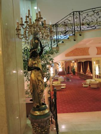 Sant'Agnello, Italia: Beautiful Furnishings in the Hotel