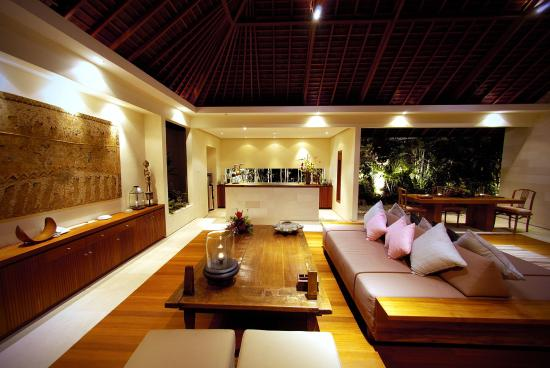 Villa Bali Asri : Dining room at Royal one bedroom pool villa