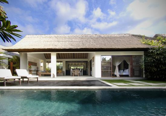 Villa Bali Asri : pool view at Deluxe one bedroom pool villa