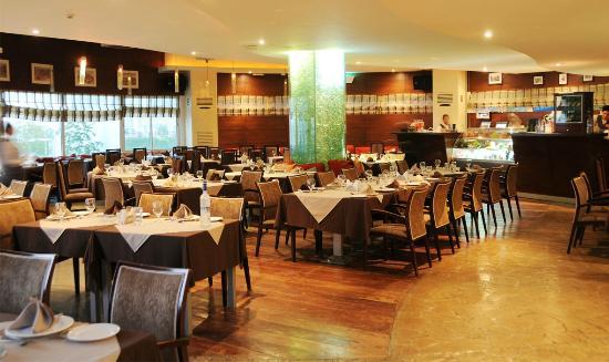 Rayes Restaurant