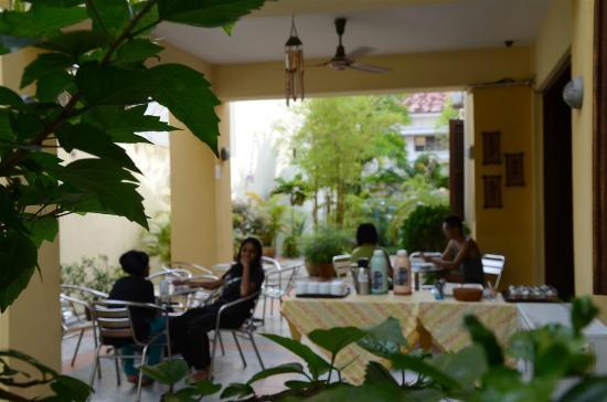 Breakfast area @ Hutton Lodge