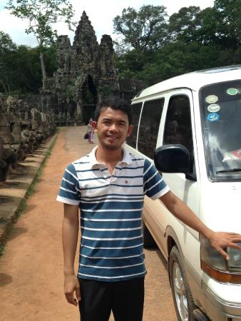 Angkor Daily Driver - Day Tours