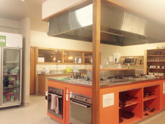 YHA Wanaka: Kitchen