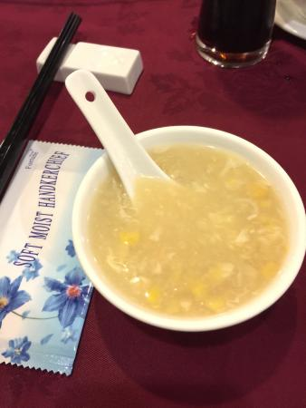 Palace Garden: Classic chicken and sweet corn soup