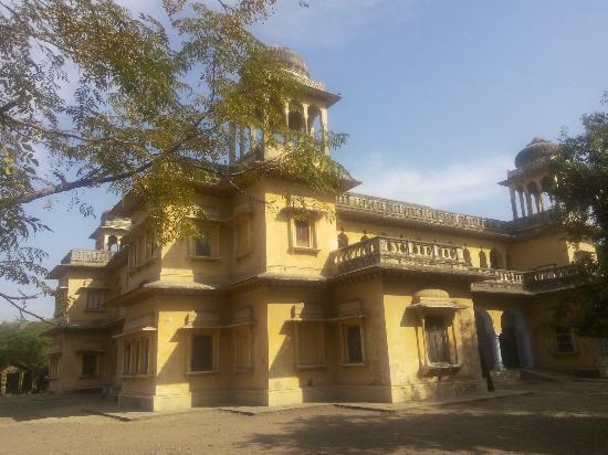 Jhunjhunu, India: jaising school khetri