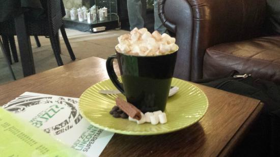 Bookstop cafe : The Hot Chocolate