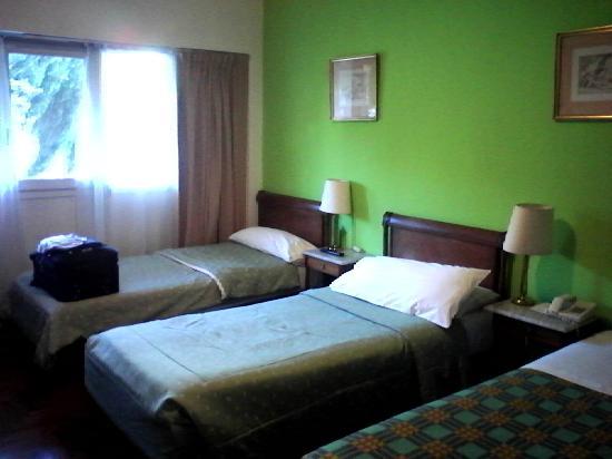 Salles Hotel : Habitacion
