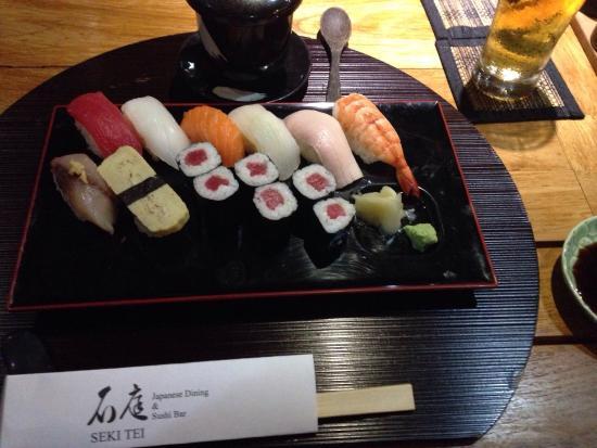 Seki Tei Sushi & Kushiyaki: Sushi set