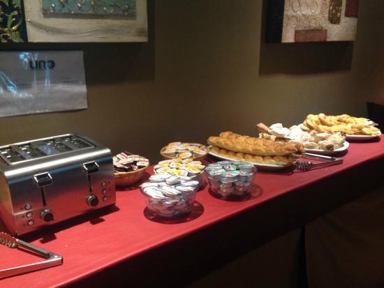 Uno Buenos Aires Suites: variedad desayuno