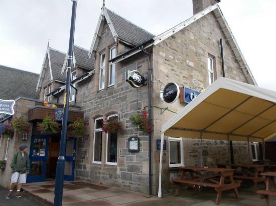 The Glen Hotel Restaurant: Vista externa