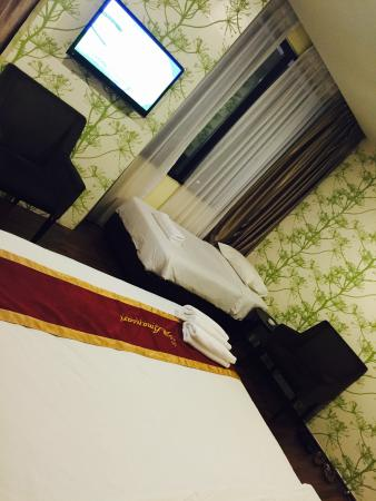 AmanSari Hotel City Centre: Spacious family room