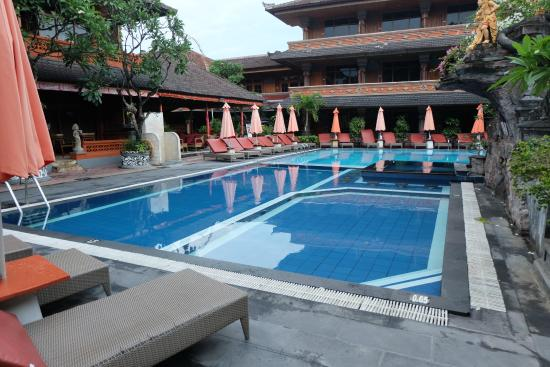 swimming pool picture of wina holiday villa kuta bali kuta rh tripadvisor com