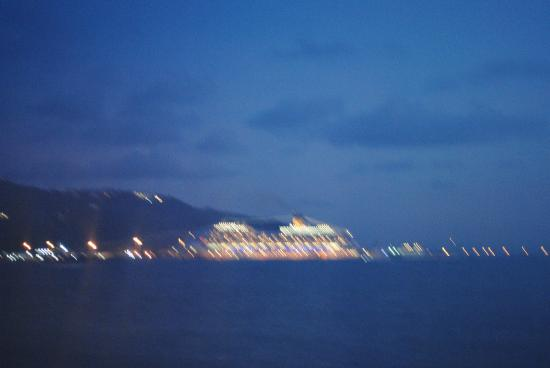 Villas on Great Bay: cruise port from villa #9