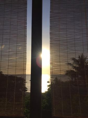 zonsondergang op terras Sol Food
