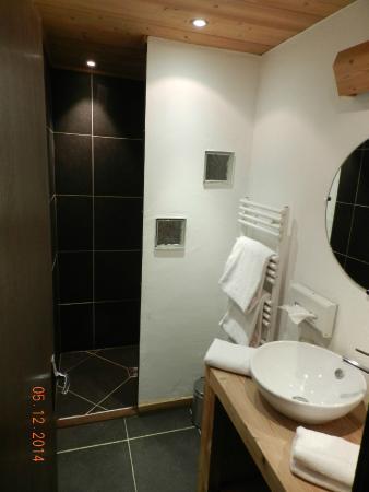 La Ferme: salle de douche