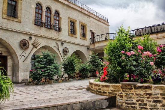 Canela Cave Hotel: a