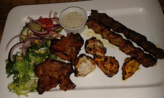 Luigikhan's: Mixed grill starter