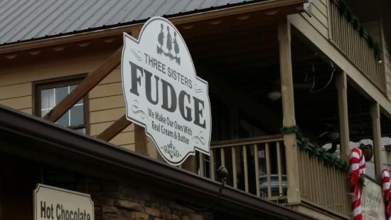 ‪Three Sisters Fudge‬