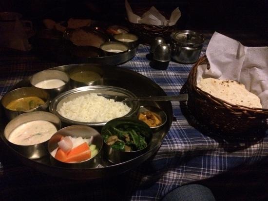 Pilgrims 24 Restaurant & Bar : Thali feed