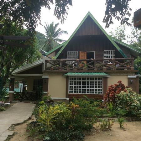 Peak House Garden Pension: вид на дом