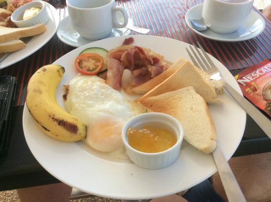 Micasa Lodge: завтрак