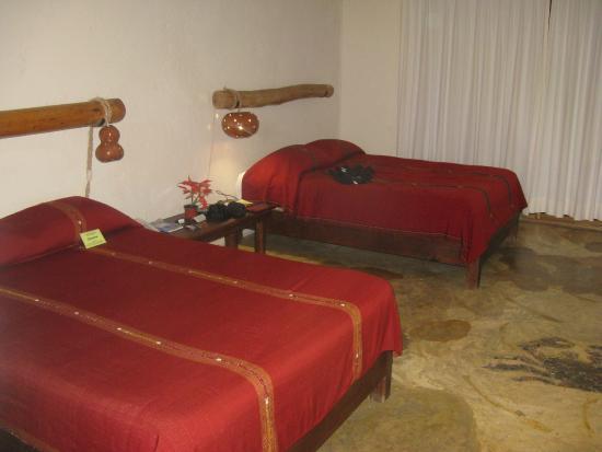 Blue Angel Resort: A room