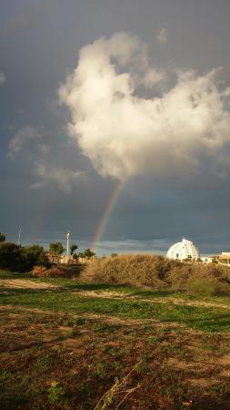 Tomb of Sheikh: Набережная в районе могилы шейха
