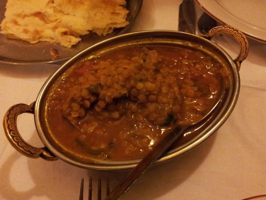 Koh-I-Noor : Agneau aux lentilles et très épicé: un délice...