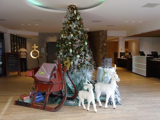 Van der Valk Hotel Arnhem: Kerstsfeer in de hal