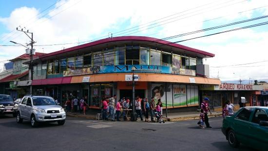 Malue Restaurante   Bar