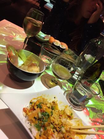 Izkaya Asian Touch Table Restaurant : Izkaya