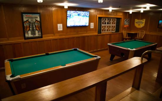Pool Tables Picture Of The Valley Pub Grill Waterville Valley - Valley bar pool table for sale