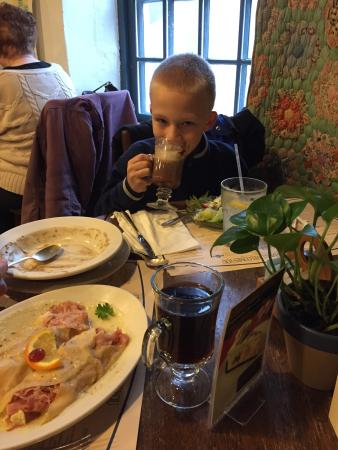 Cream & Crepe Cafe: Kids loved it