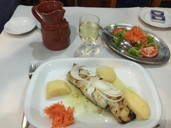 Photo of Modern European Restaurant A Pomba Do Carmo at Rua Do Duque 5, Lisbon 1200-158, Portugal