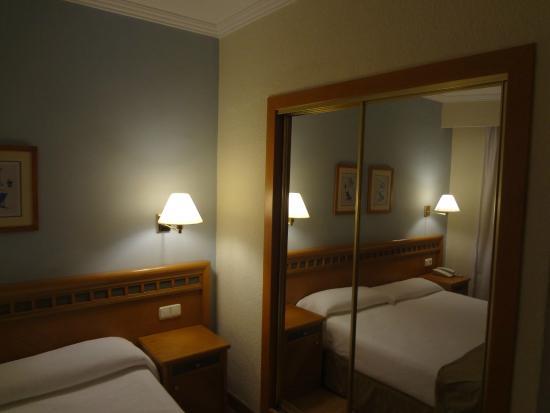 HM Tropical : room