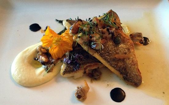 Markree Castle: Pan fried filet of fish was beyond imagination wonderful