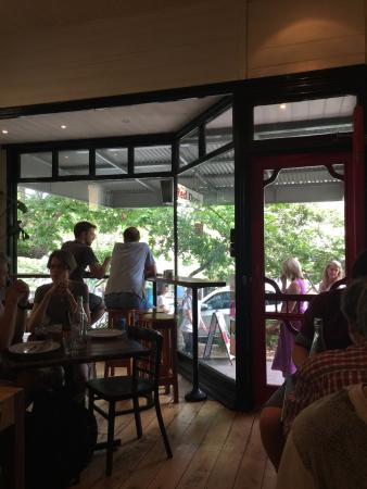 Red Door Cafe: Funky hipster vibe.