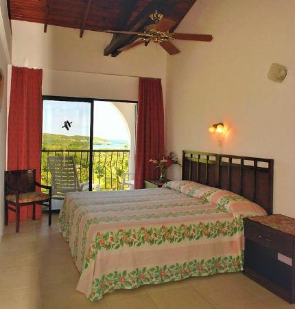 Fox Grove Inn: Room upstairs with panoramic view