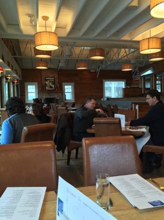Pier 290 Restaurant: Dining Room 1