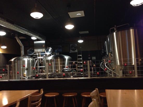 Peoria, IL: Inside the brew works