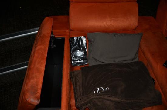 iPic Theater: IPIC Storage