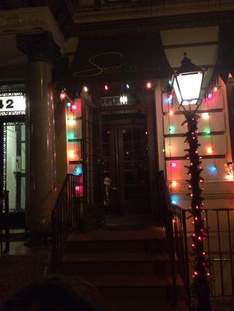 Sofia Wine Bar and Cafe : Front