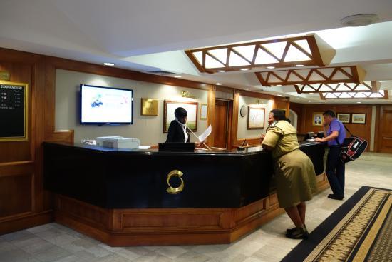 AVANI Gaborone Hotel & Casino: フロント