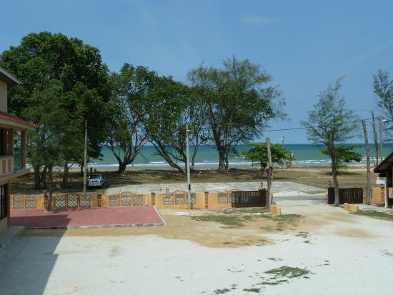 Cempaka Beach Resort