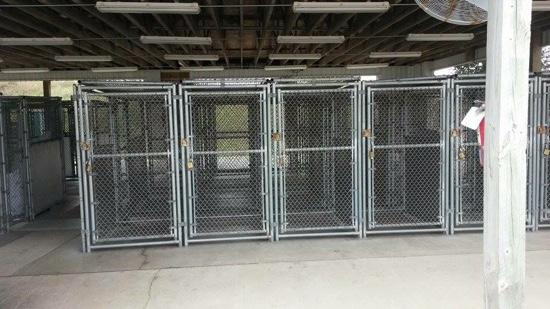 28 Dog Kennels Free To Use It Locks Included Picture Of