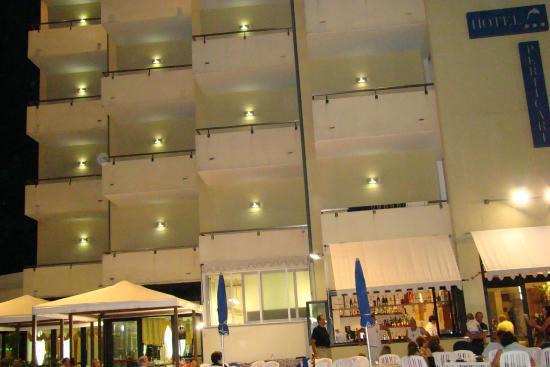 Perticari Hotel: вид на отель