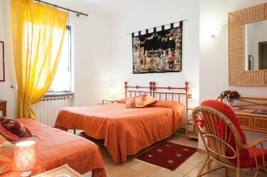 La Villa di Lucia : camera rossa