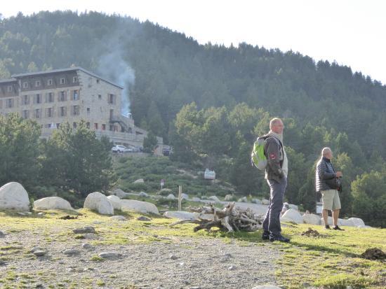 Lac des Bouillouses : un des gites hotel du site Réservation conseillée