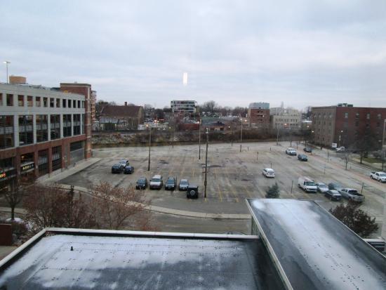 hilton garden inn chicago north shoreevanston view of icy weather from the room - Hilton Garden Inn Evanston
